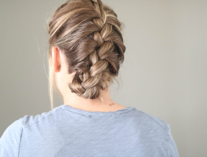 Three 5 Minute Hairstyles For The Modern Mom