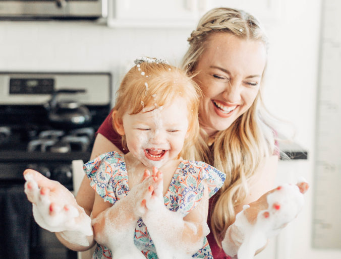5 Spring Cleaning Hacks for the Modern Mom