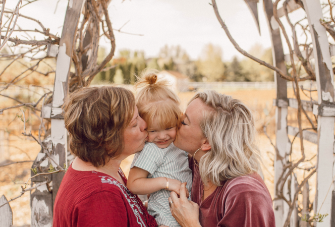 mothers day picture ideas with grandma mom and baby positively oakes jess oakes