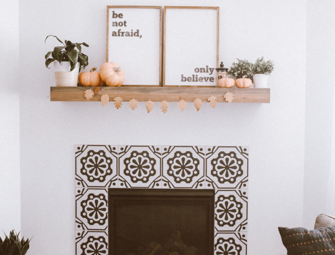 easy fall fireplace decor // decorations for fall and a mantel on a budget / colorful pink pumpkins