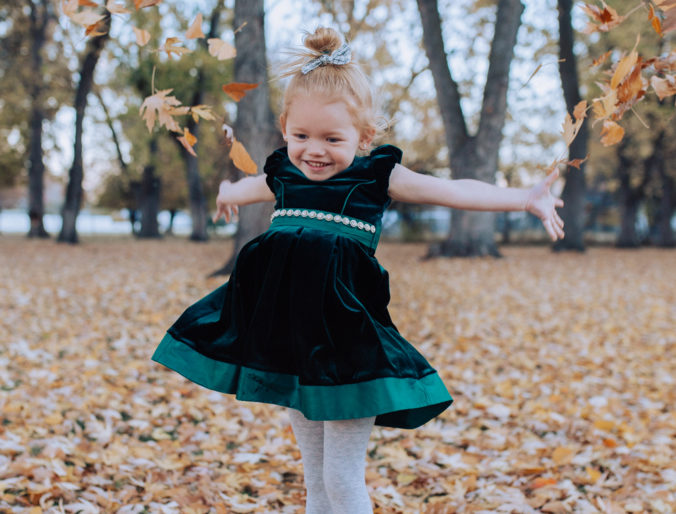 cute simple christmas dress for toddler girls / bonnie jean dark green simple holiday dress