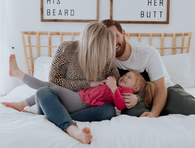 review on tuft and needle mattress and bedding positively oakes / family pictures and cute mommy and me and daddy pictures