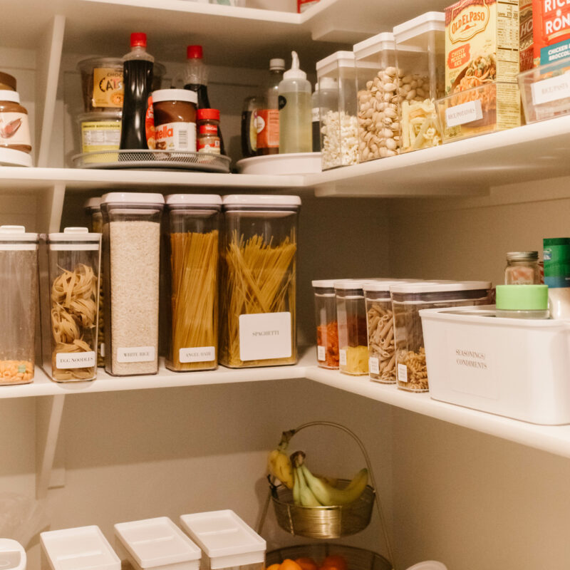 functional organized pantry // pantry organization that is realistic and affordable / snacks organization / cereal containers / baking organization