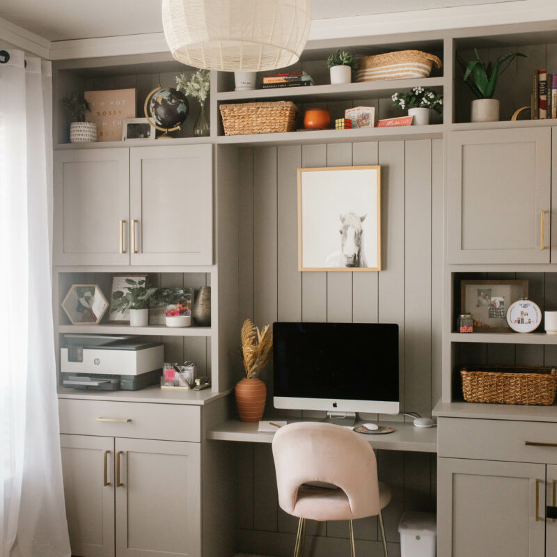 gray beige office built ins farm house modern with a scandinavian look // home decor office design ideas diy built in shelves and desk shelf styling